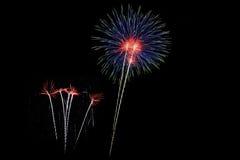 Die Feuerwerke des neuen Jahres Lizenzfreies Stockbild