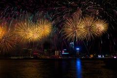 Die Feuerwerksshow des Chinesischen Neujahrsfests stockfotos