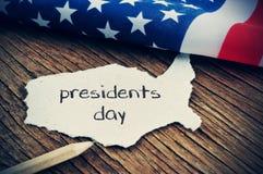 Die Flagge der US und des Textpräsidententages, vignetted lizenzfreies stockfoto