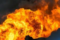 Die Flammen im Himmel Stockbild