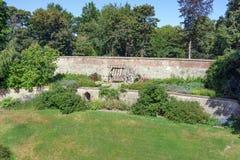 Die formalen Gärten von Farnham ziehen sich in Surrey zurück Lizenzfreies Stockbild