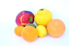 Die Früchte von verschiedenen Farben Lizenzfreies Stockfoto