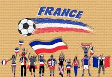 Die französischen Fußballfane, die mit Frankreich zujubeln, kennzeichnen Farben in vorderem O stock abbildung