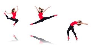 Die Frau, die Übungen auf Weiß tut Lizenzfreie Stockbilder