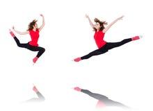 Die Frau, die Übungen auf Weiß tut Lizenzfreies Stockbild