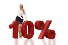 Die Frau im 10-Prozent-Verkaufskonzept lizenzfreie stockfotografie