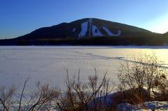 Die freie Natur bringt angenehmes Bridgeton Maine an Lizenzfreie Stockbilder