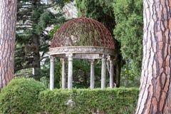 Die Gärten des Landhauses Cimbrone, Ravello, Amalfi-Küste, Süd-Italien lizenzfreie stockfotos