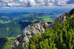 Die Gebirgslandschaft um Feuerkogel, Salzkammergut, Salzburg, Österreich Stockfoto