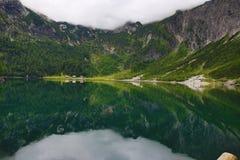 Die Gebirgslandschaft um Gosausee, Salzkammergut, Salzburg, Österreich Stockfoto