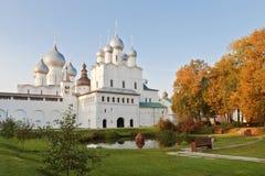 Die Geburt Christis-Kirche im Rostow der Kreml Stockfotos