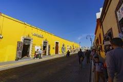 Die gelbe klare Straße Lizenzfreie Stockbilder