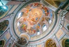 Die gemalte Wölbung mit der ` Apotheose von St- James` durch Silverio Capparoni, in der Kirche von San Giacomo in Augusta, in Rom Stockfoto