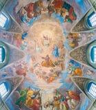 Die gemalte Wölbung mit der ` Apotheose von St- James` durch Silverio Capparoni, in der Kirche von San Giacomo in Augusta, in Rom Lizenzfreies Stockfoto