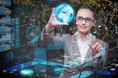 Die Geschäftsfrau im Data - Mining-Konzept lizenzfreie stockfotografie