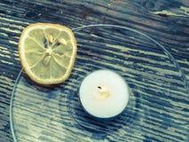 Die getrocknete Zitrone wird umgeben Lizenzfreie Stockfotos