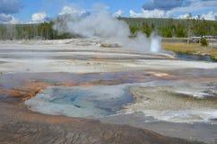 Die Geysire von Yellowstone lizenzfreie stockbilder