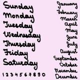 Die gezeichnete Hand nennt Wochentage und Monat Stockfoto