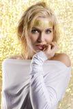 Die goldene Frau Stockfoto