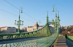 Die grüne Brücke Stockbild