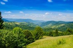 Die grünen Berge Lizenzfreie Stockfotos