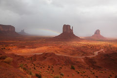 Die großartige Landschaft des Denkmal-Tales Stockbild