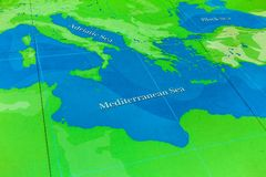 Die große Karte - eine gigantische Karte aller Meere, Ozeane und Kontinente in einer der Hallen des nationalen Seemuseums, London lizenzfreie stockfotos