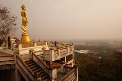 Die große stehende budda Statue in Nan Lizenzfreies Stockbild