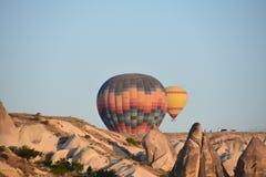 Die große Touristenattraktion von Cappadocia - Ballonfahrt schutzkappe Hügel, Schönheit