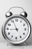 Die große Uhr auf einem weißen Hintergrund Lizenzfreie Stockbilder