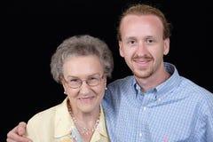 Die Großmutter und ihr Enkel Stockbild
