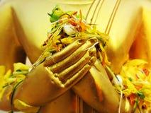Die Hände Buddha-Bildes lizenzfreie stockbilder