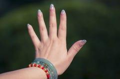 Die Hände der Frau Lizenzfreies Stockbild