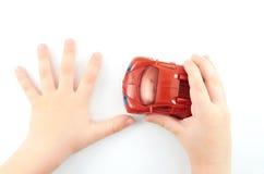 Die Hände des Kindes Stockbilder