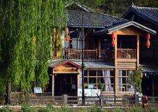 Die Häuser von Lugu See Lizenzfreie Stockfotografie