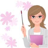 Netter Lektor, der Zeigerstock auf Blumenhintergrund hält Lizenzfreies Stockfoto