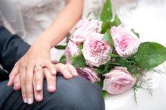 Die Hand des Paares Lizenzfreies Stockfoto