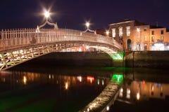 Die Hapenny Brücke Lizenzfreies Stockfoto
