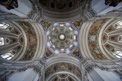 Die Haube der Salzburg-Kathedrale Stockfotografie
