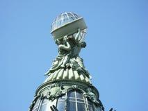 Die Haube des Gebäudes in St Petersburg Stockfotografie