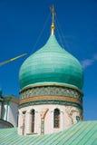 Die Haube mit goldenem Kreuz in Auferstehungs-neuem Jerusalem-Kloster Stockbilder