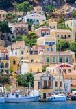 Die Hauptstadt der Insel von Symi - Ano Symi Lizenzfreies Stockfoto