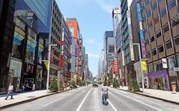 Die Hauptstraße in Ginza - Tokyo Stockfotografie