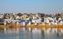 Die heilige Brahman- Stadt und der See, Pushkar, Rajasthan, Indien Lizenzfreie Stockfotografie