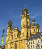 Die historische Kirche Theatinerkirche in München im Bayern Lizenzfreie Stockbilder