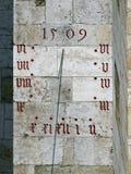 Die historische Sonnenskala in der Kathedrale von Regensburg lizenzfreies stockfoto