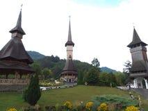 Die hölzerne Kirche von Botiza Stockbild