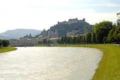 Die Hohensalzburg-Festung in Salzburg ist die kompletteste Festung von den mittelalterlichen Zeiten, die in Europa verlassen wird lizenzfreie stockbilder