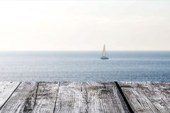 Die Holzbretter auf der Seeansicht Lizenzfreies Stockfoto