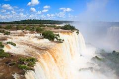 Die Iguaçu-Wasserfälle, die Kehle des Teufels, Ansicht von Brasilien Lizenzfreie Stockbilder